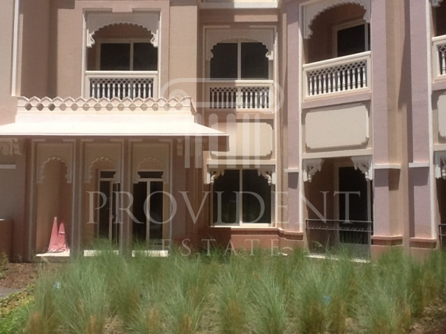 Grandeur Residences