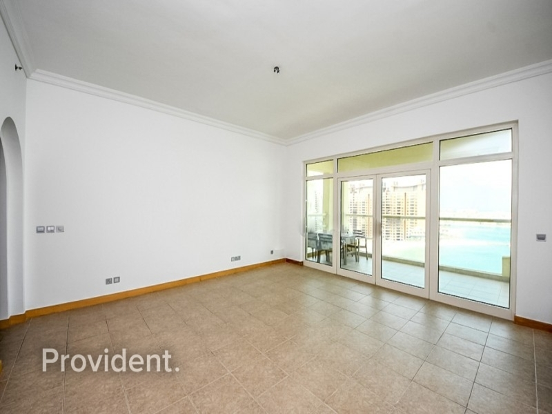 Sea View | RIVA Beach | Mid Floor | D Type Layout