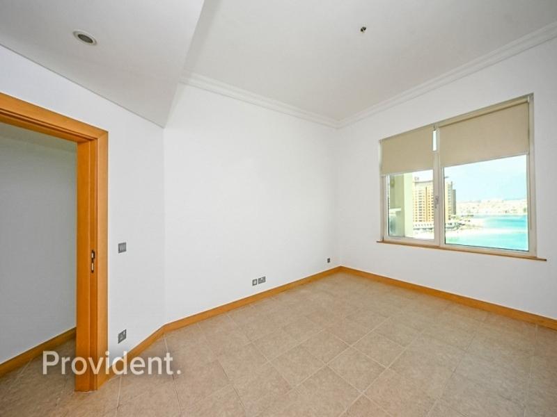 Sea View | RIVA Beach | Mid Floor | D Type Layout